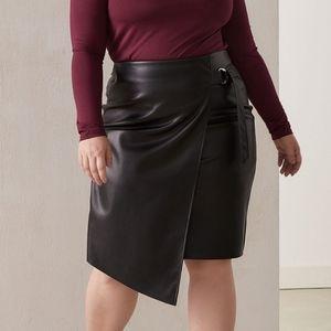 Dresses & Skirts - Faux-Leather Asymmetric Skirt - size 18